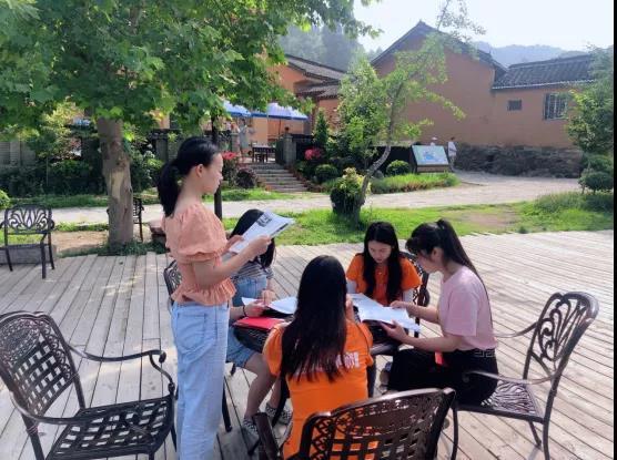 """端午假期首日""""粽情""""主题活动激热新县旅游市场"""