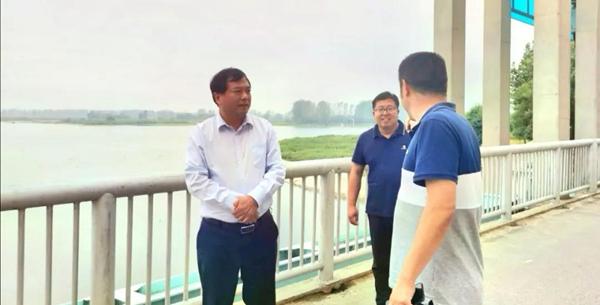 汝南县委副书记、县长、县总河长刘军民深入汝河及宿鸭湖水库开展巡河调研活动