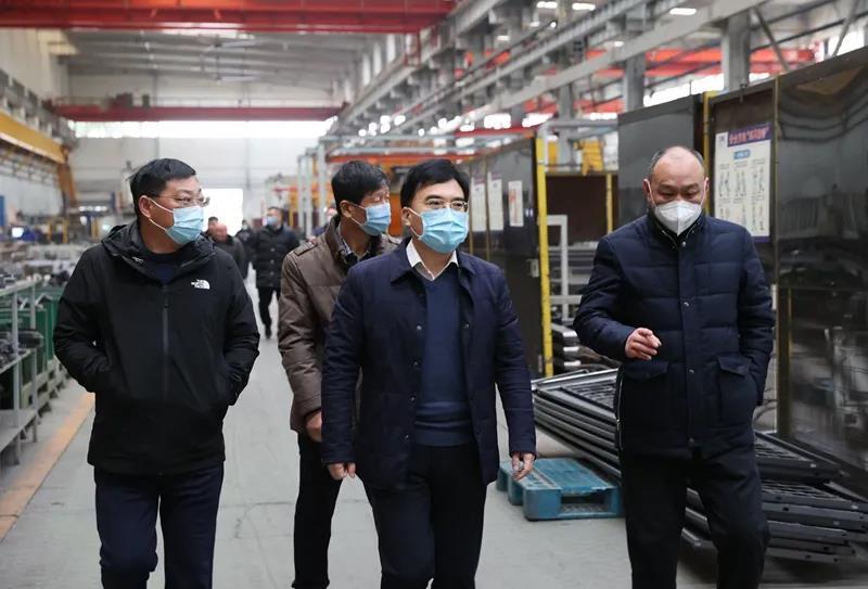 """铁路襄阳工务段建立铁路安全环境管理""""双段长""""工作机制"""
